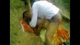 [exrapidleech] Nice Desi girl Fuck with BF outdoor [exrapidleech.info]