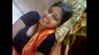 VID-20180724-PV0001-Miryalaguda (IT) Telugu 30 yrs old married hot and sexy housewife aunty showing her boobs to her husband in cot sex porn video